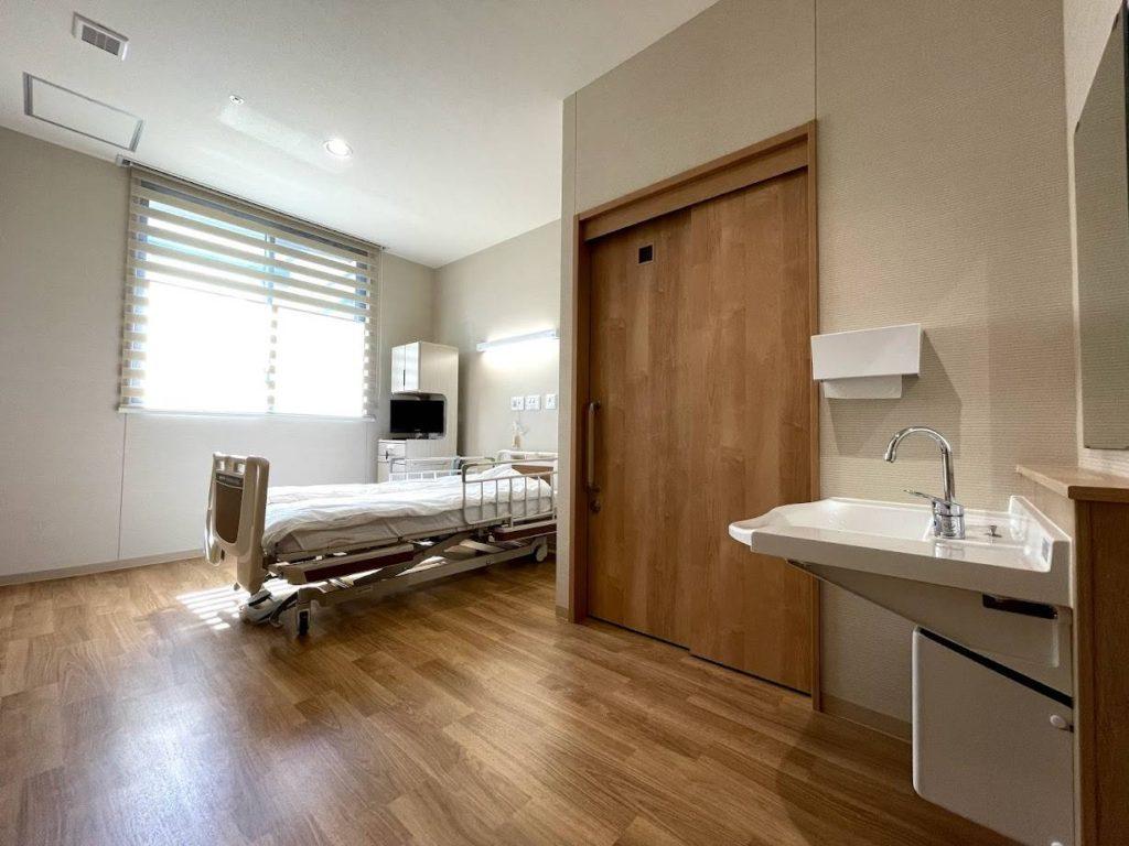 たかはし泌尿器科-入院-個室